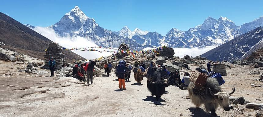 How do you get to the Everest base camp?